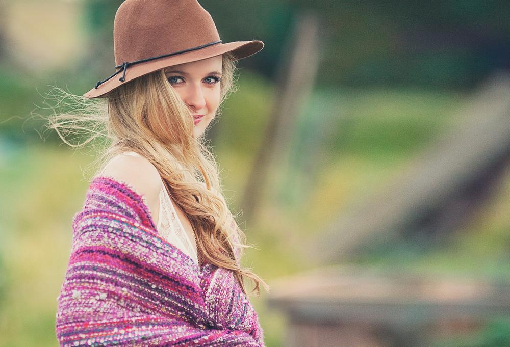 Dena_Rooney_Senior_Portrait_Photographer_031.jpg