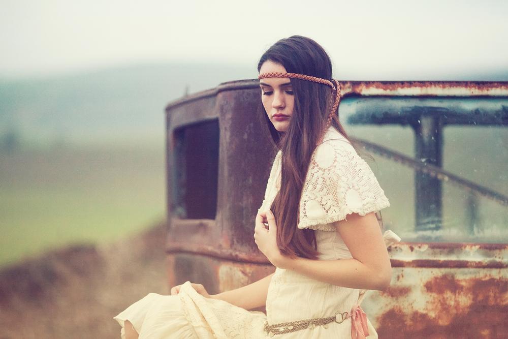 Dena_Rooney_Senior_Portrait_Photographer_043.jpg