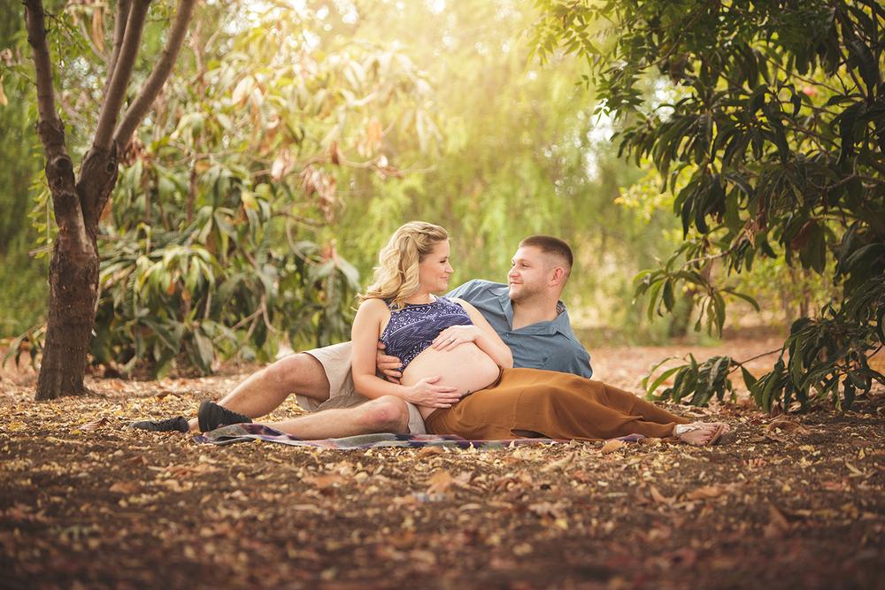 Dena_Rooney_Maternity_Portraits_009.jpg