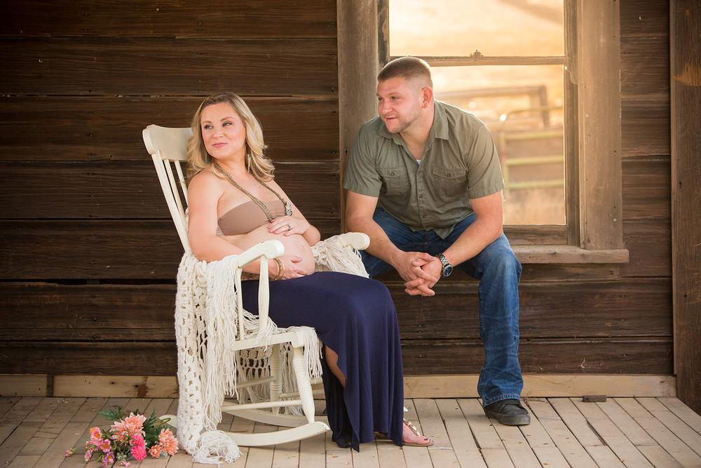 Dena_Rooney_Maternity_Portraits_016.jpg