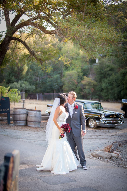 Dena_Rooney_Wedding_Photographer_Elliston_Vineyard_Sunol_013.jpg