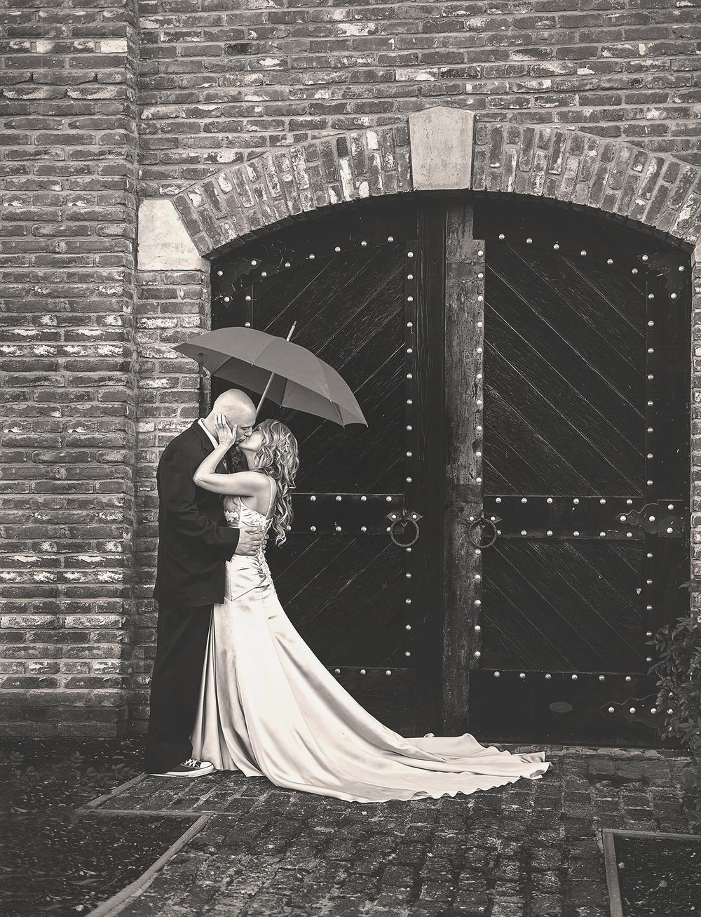 Dena_Rooney_Wedding_Photographer_Palm_Event_Center_012.jpg