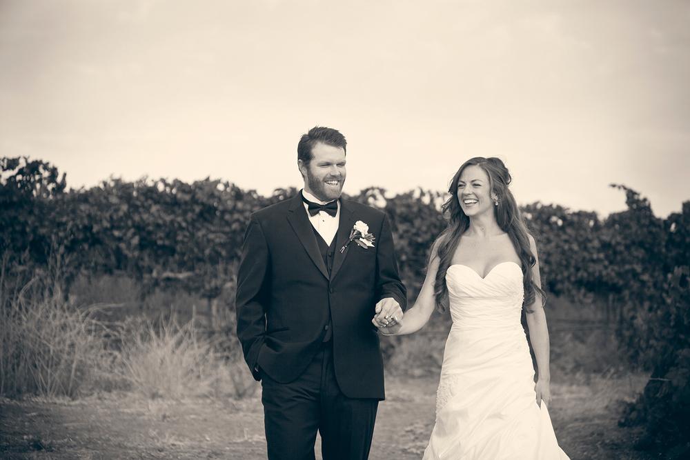 Dena_Rooney_Wedding_Photographer_Rios_Lovell_001.jpg