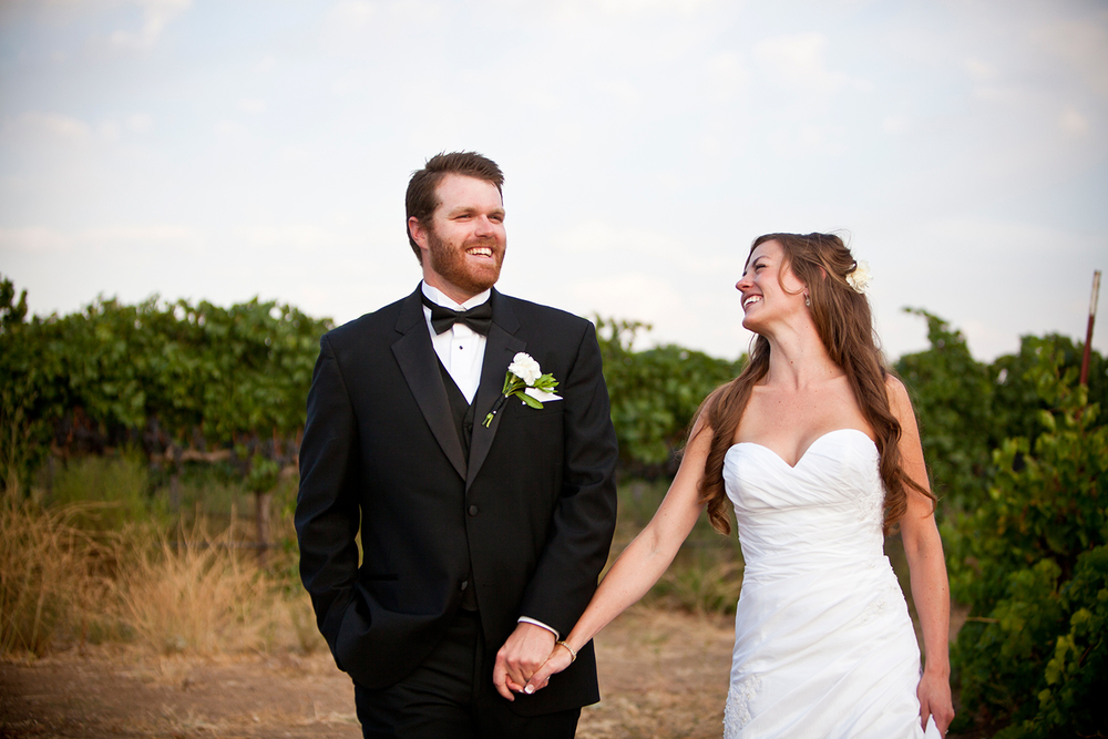 Dena_Rooney_Wedding_Photographer_Rios_Lovell_002.jpg