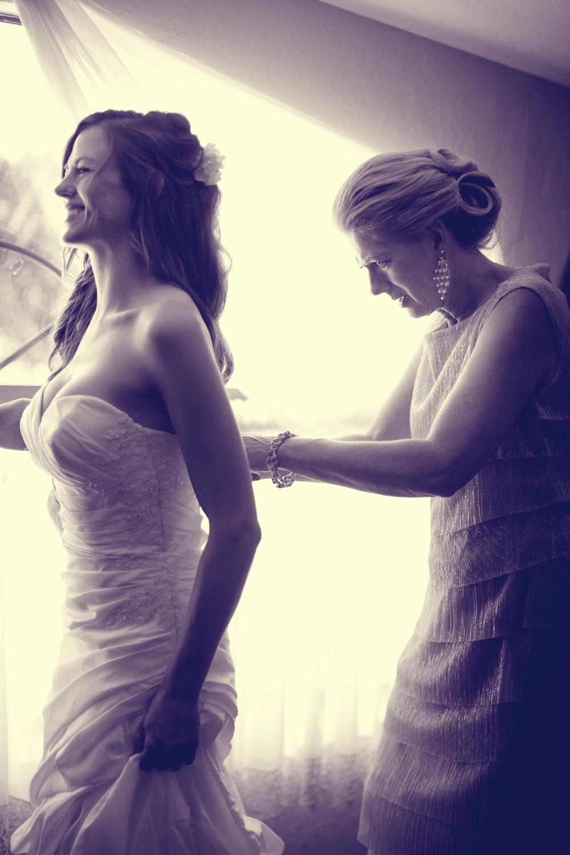 Dena_Rooney_Wedding_Photographer_Rios_Lovell_007.jpg