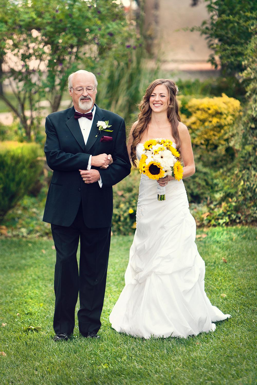 Dena_Rooney_Wedding_Photographer_Rios_Lovell_009.jpg
