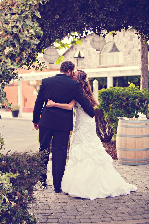Dena_Rooney_Wedding_Photographer_Rios_Lovell_010.jpg