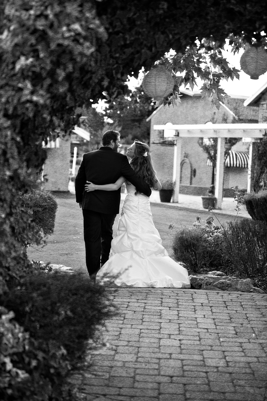 Dena_Rooney_Wedding_Photographer_Rios_Lovell_011.jpg