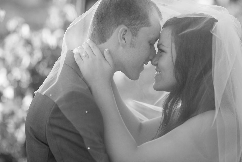 Dena_Rooney_Wedding_Photographer_Rios_Lovell_029.jpg