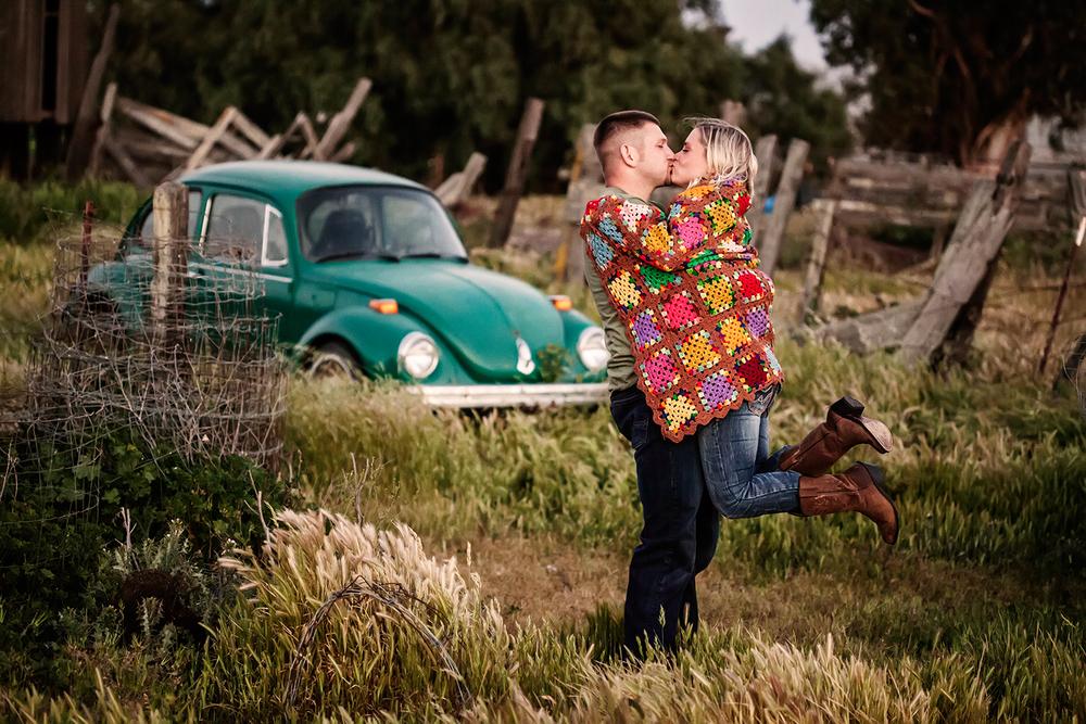 Dena_Rooney_Wedding_Photographer_Engagement_Photos_016.jpg
