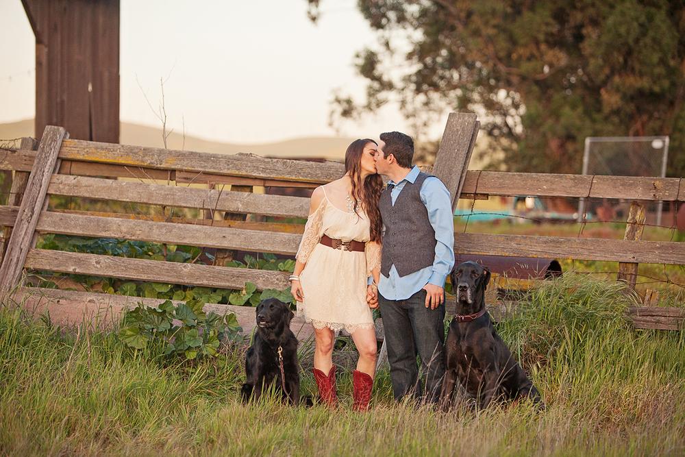 Dena_Rooney_Wedding_Photographer_Engagement_Photos_061.jpg