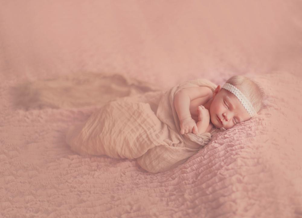 Dena_Rooney_newborn_photographer_0071.jpg