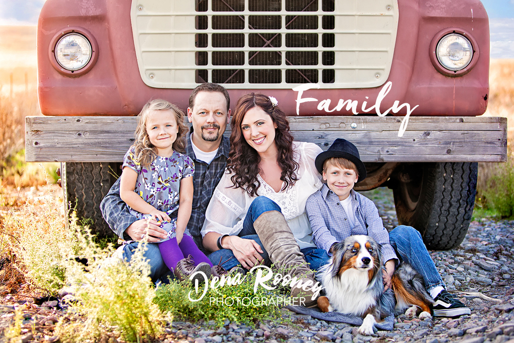 Dena_Rooney_family_photographer_cover.jpg