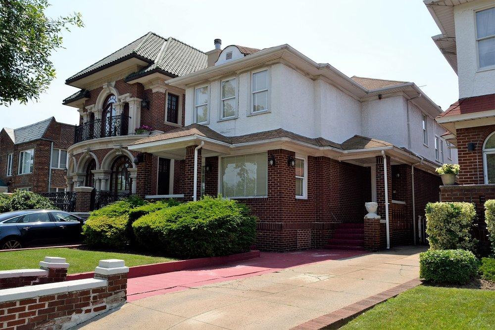 house-2861101_1920.jpg