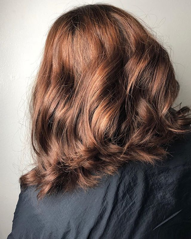 Dimensional tint by @tx_beautybunny using @goldwellus Topchic and Colorance! Take advantage and save 10% when you spend $75 or more on any service till Saturday!  #sanantoniosalon #sanantoniohairstylist #sanantoniohair #dimensionaltint #goldwellappprovedus