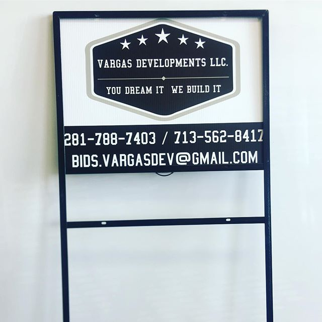 We print realtor signs, quick turnarounds!  #signs #realtor #yardsign #printing #design #lesguecity #webster #graphics #printshop