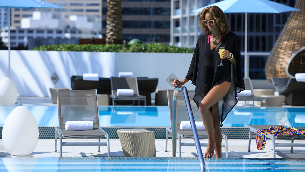 pool-lifestyle-2809-86f00a0d.jpg