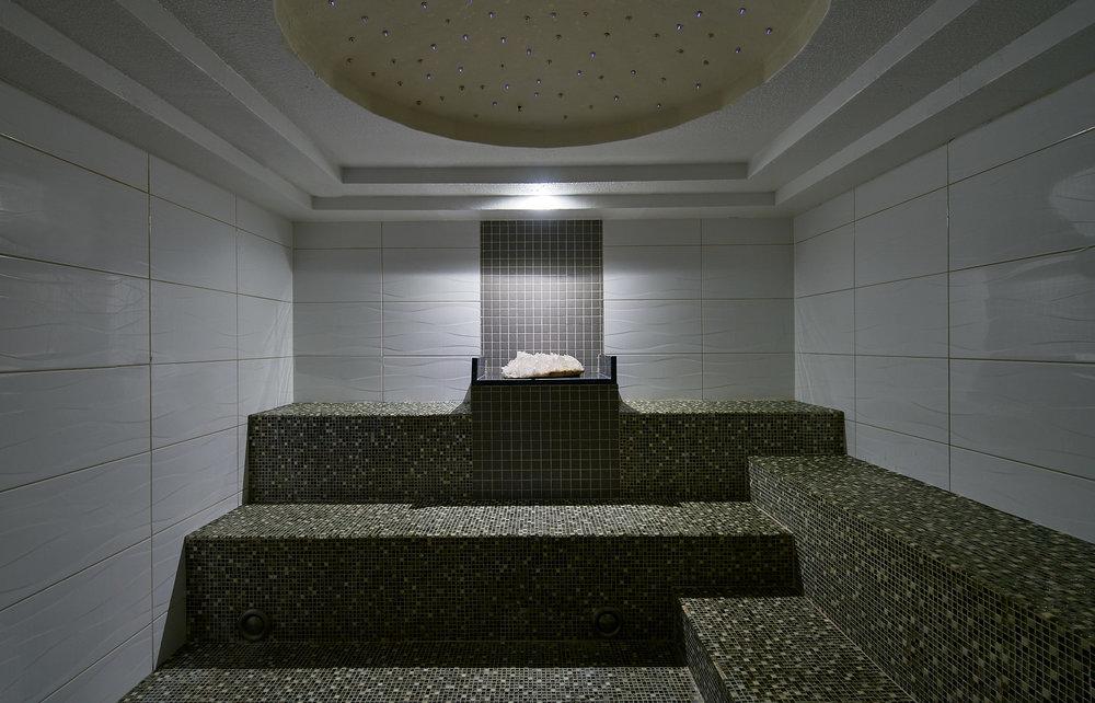 spa-crystal-steam-room-2.jpg