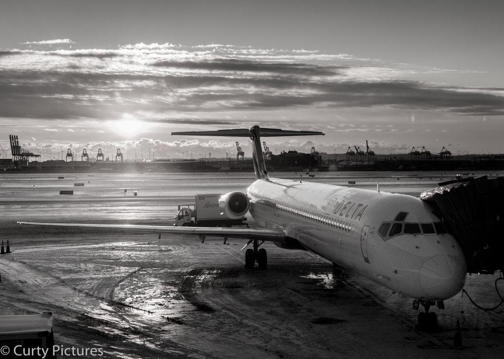 Newark Airport-9.jpg