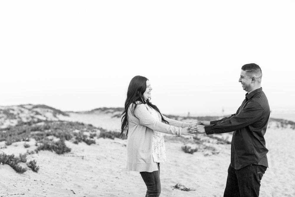 072-170520-rachel-joe-engagement-©LoveProject.jpg