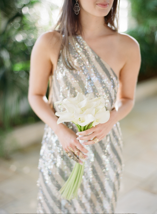 Bridesmaid wearing Jenny Packham in Palm Beach - photo by Kat Braman