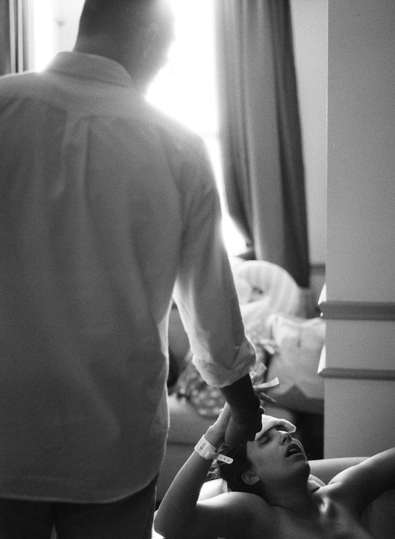Edelen-Loomis-Birth-035.jpg