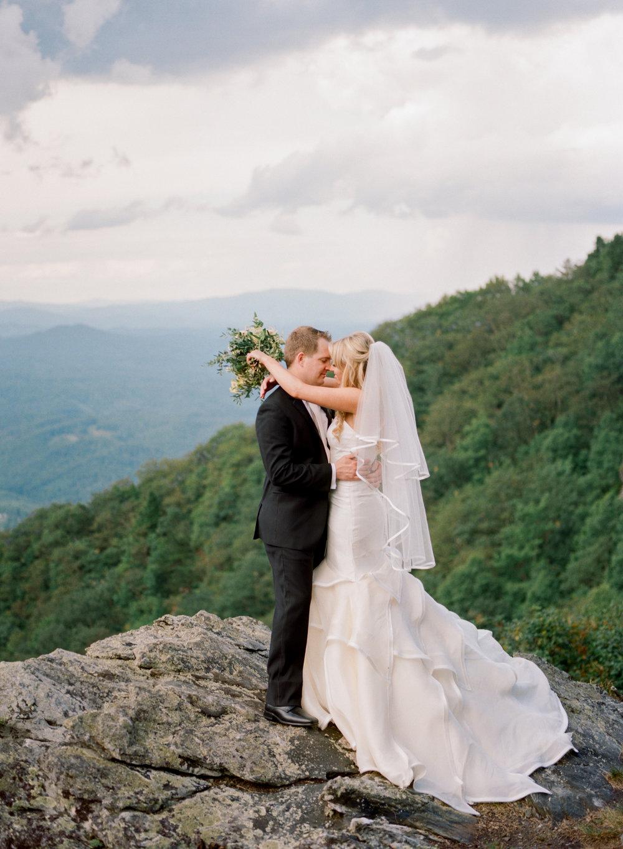 Kristen-Michael-Wedding-Portraits-083.jpg