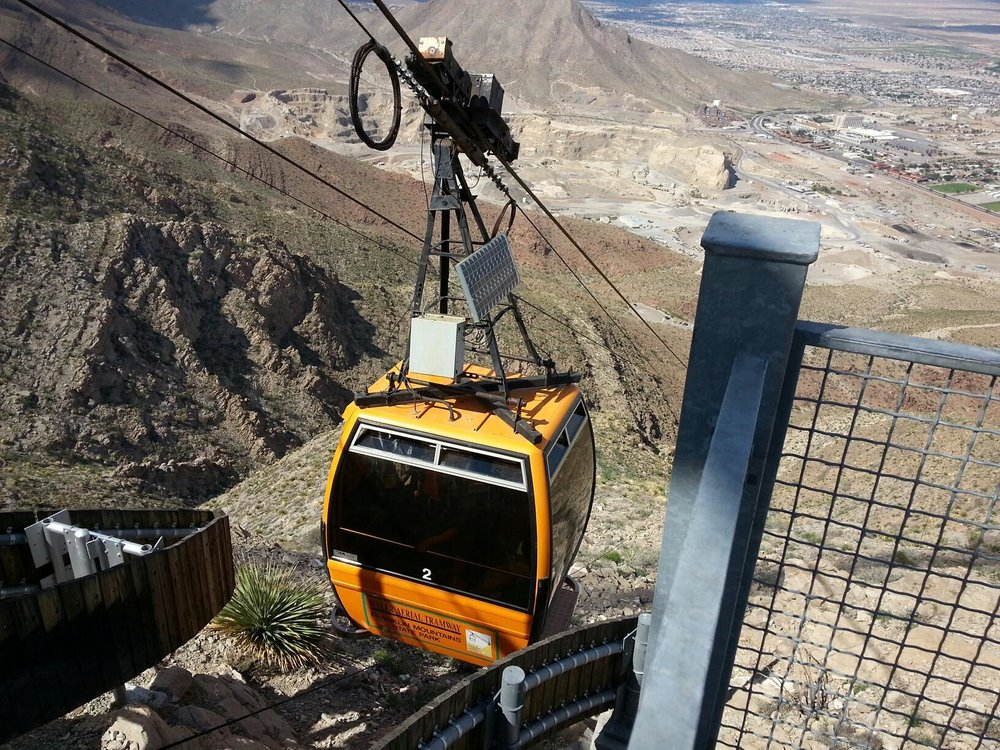 One of the cable cars part of the Wyler Aerial Tramway at Franklin Mountains State Park in El Paso, Texas. (Image:  Wikimedia Commons )