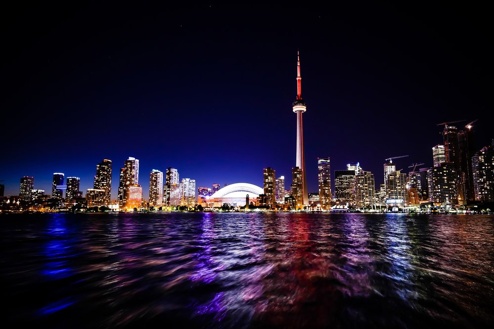 Toronto at night (Image:  Pixabay )