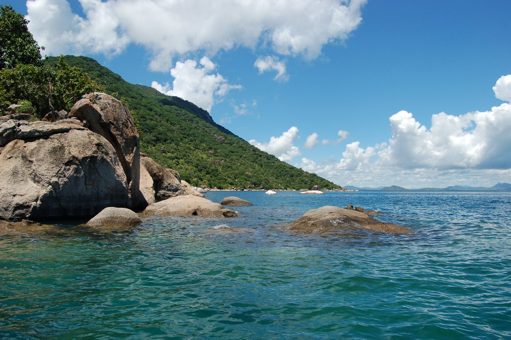 Cape Maclear within Malawi Lake National Park looking rather sexy (Image:  Wikimedia Commons )