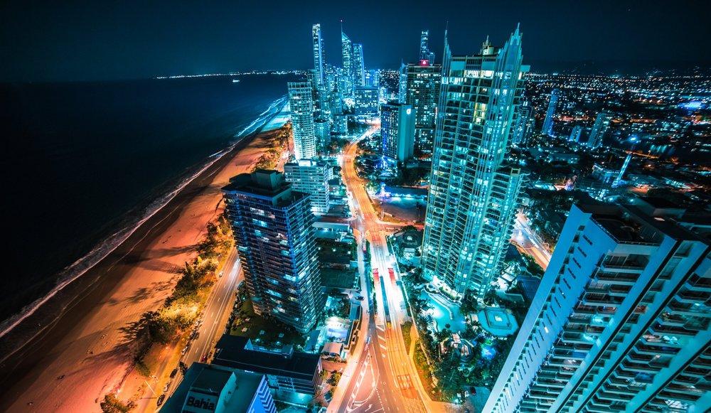 Bright lights, beautiful city (Image: Matt Barrett,  Unsplash )