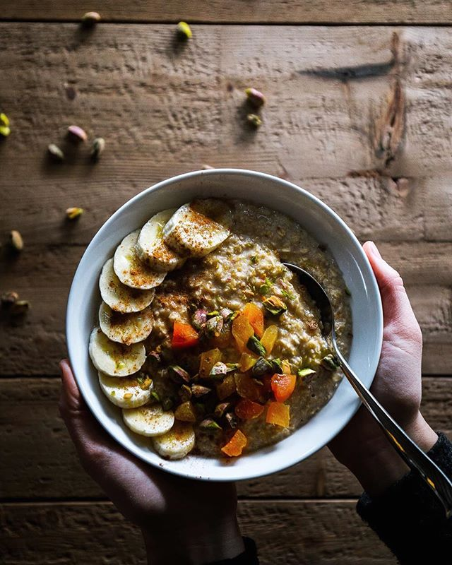Another breakthrough in my oatmeal obsession. Middle Eastern Oatmeal packed with apricots, pistachios, cardamom and vanilla. Check out the recipe posted on the blog ☝🏼. What are your favourite oatmeal toppings?! 📷: @tvardi . . . . . #f52gram #huffposttaste #foodgawker #thekitchn #feedfeed #buzzfeast #sweetmagazine #foodprnshare #kitchenbowl #gloobyfood #forkfeed #instagood #eatvancouver #yummy #instapic #delicious #foodlover #vegetariansofig #buzzfeast #savour #whatvegetarianseat #bhgfood #yum #droolclub #vancouverfoodie #instafood #foodblogfeed #wholefoods #madefromscratch