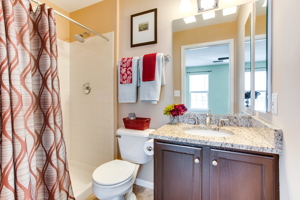 4380 Sutler Hill Square-print-045-48-Bathroom-4200x2801-300dpi.jpg