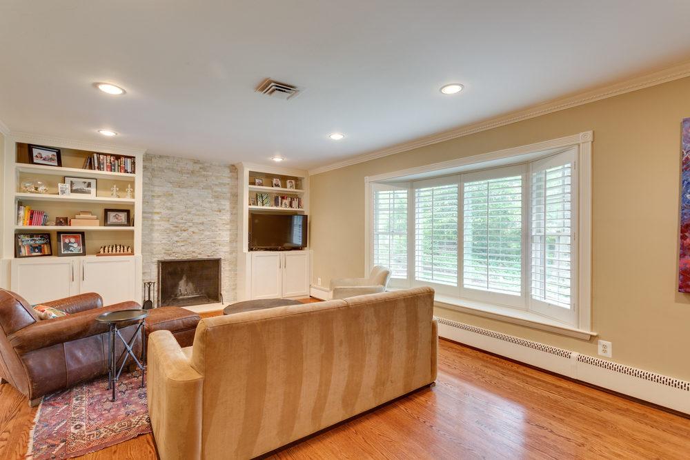 1519 Crestwood Ln McLean VA-print-018-18-Living Room-4200x2800-300dpi.jpg