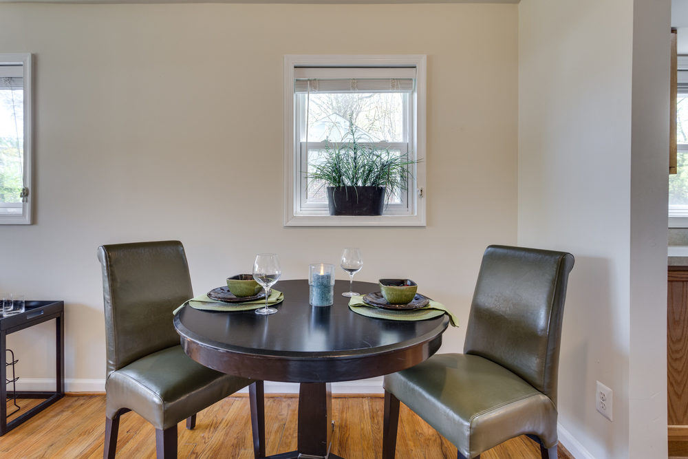 7243 Deborah Dr Falls Church-print-013-13-Dining Room-4200x2800-300dpi.jpg