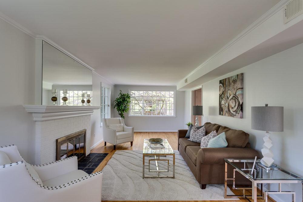 6116 Franklin Park Rd McLean-print-021-14-Living Room-4200x2800-300dpi.jpg