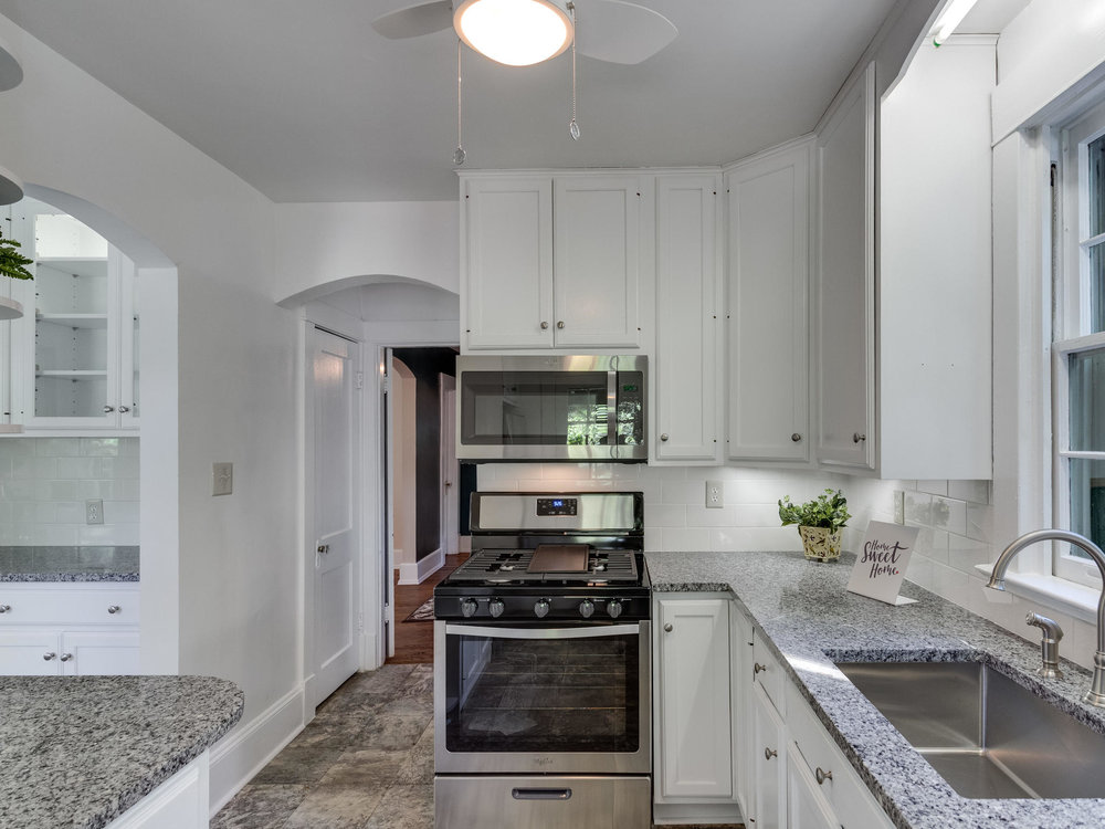 4903 Washington Blvd Arlington-MLS_Size-025-7-Kitchen-2048x1536-72dpi.jpg
