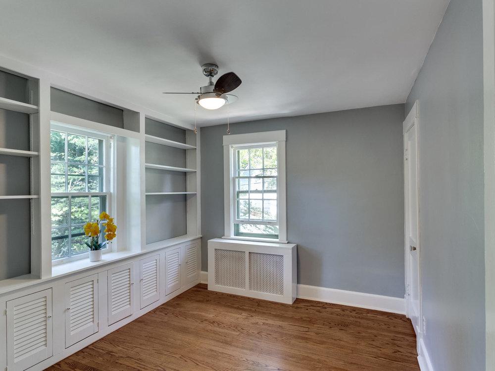4903 Washington Blvd Arlington-MLS_Size-030-52-Bedroom 1-2048x1536-72dpi.jpg