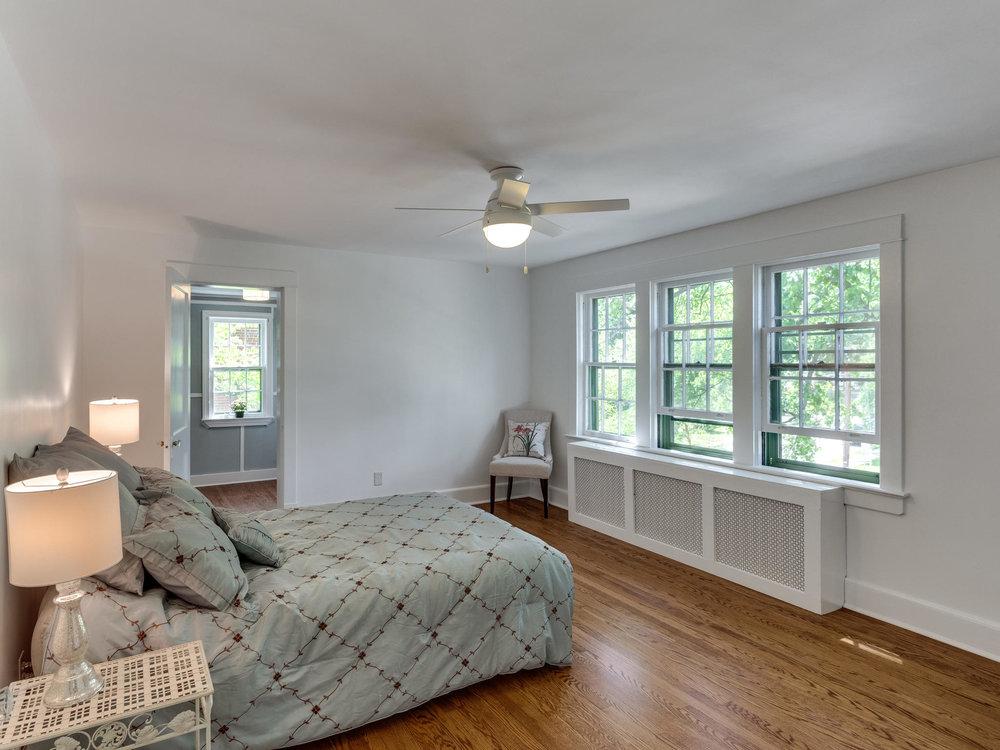 4903 Washington Blvd Arlington-MLS_Size-035-47-Bedroom 3-2048x1536-72dpi.jpg