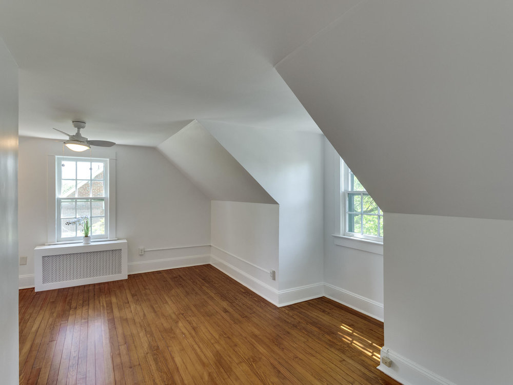4903 Washington Blvd Arlington-MLS_Size-046-70-Bedroom 4-2048x1536-72dpi.jpg