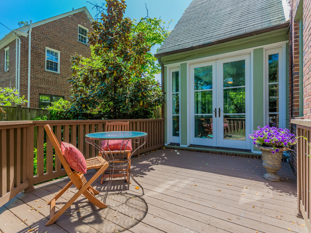 4903 Washington Blvd Arlington-MLS_Size-063-19-Deck-2048x1536-72dpi.jpg