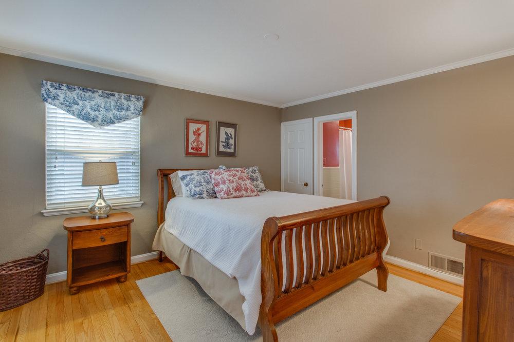 022-6-Master Bedroom.jpg