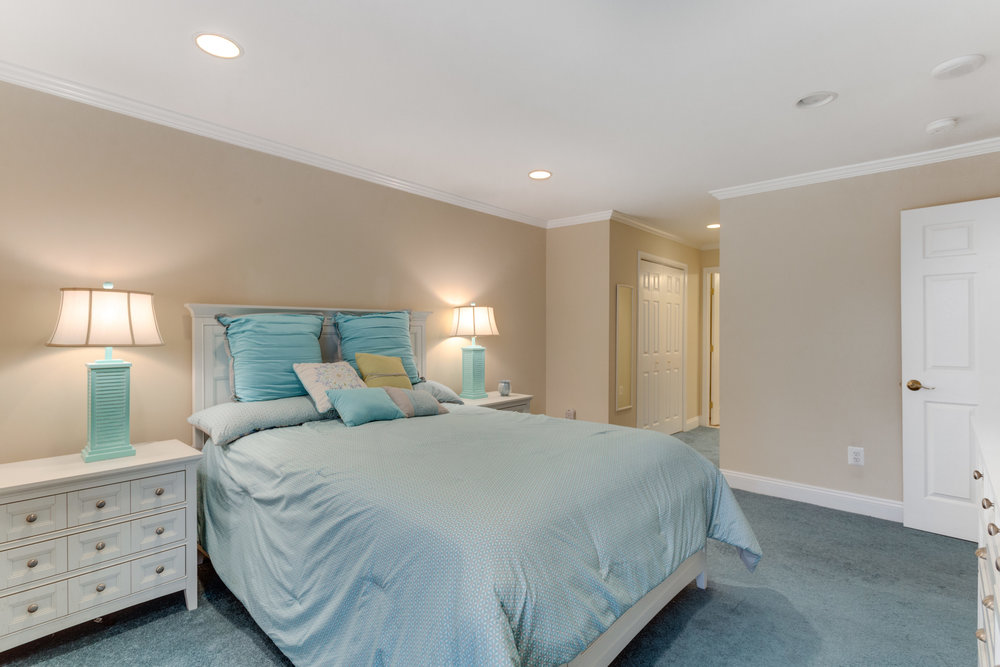 6800 Fleetwood Rd 120 McLean-print-035-41-Bedroom-4200x2800-300dpi.jpg