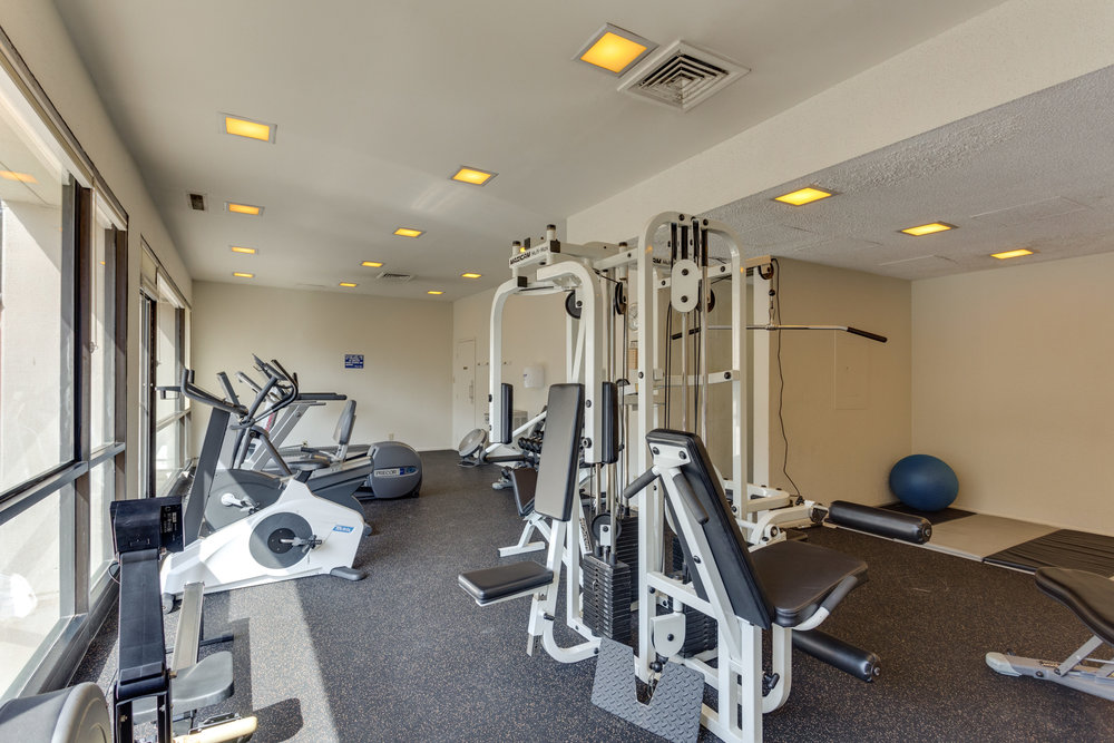 6800 Fleetwood Rd 120 McLean-print-071-7-Fitness Center-4200x2800-300dpi.jpg