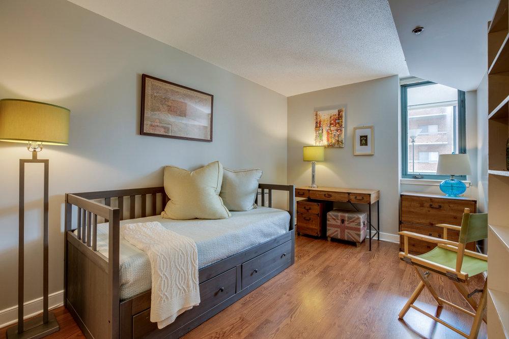 1050 N Taylor St 608 Arlington-print-042-46-Bedroom-4200x2800-300dpi.jpg