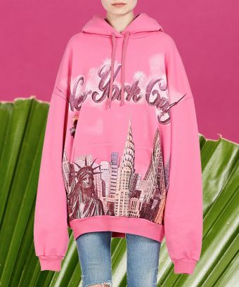 fb2caf850ccf Why Is Balenciaga Charging  895 For An Airbrushed Sweatshirt  —  MissSuber.com