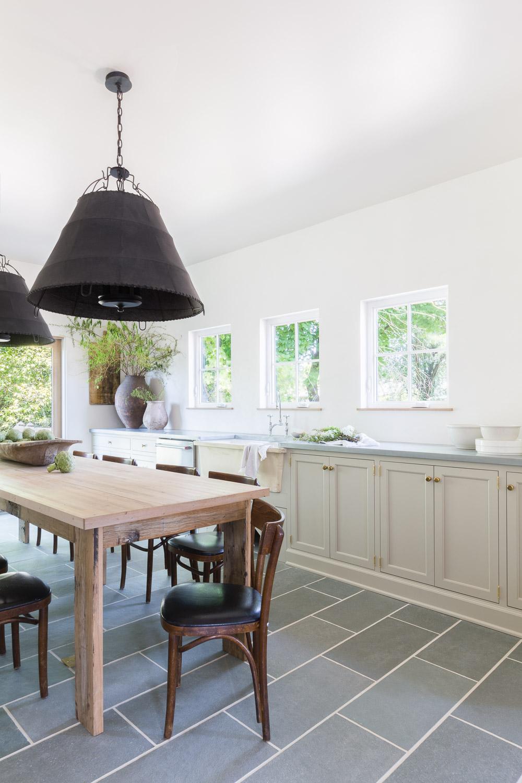 European Inspired Kitchen by Kaemingk Design.  Photo: Alyssa Rosenheck