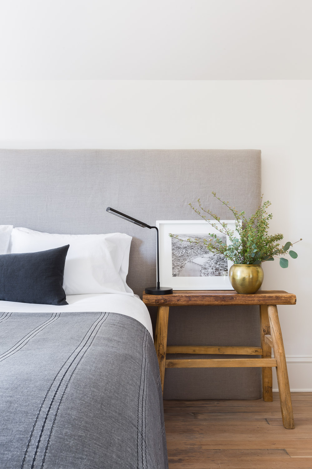 Neutral Bedroom by Kaemingk Design.  Photo: Alyssa Rosenheck
