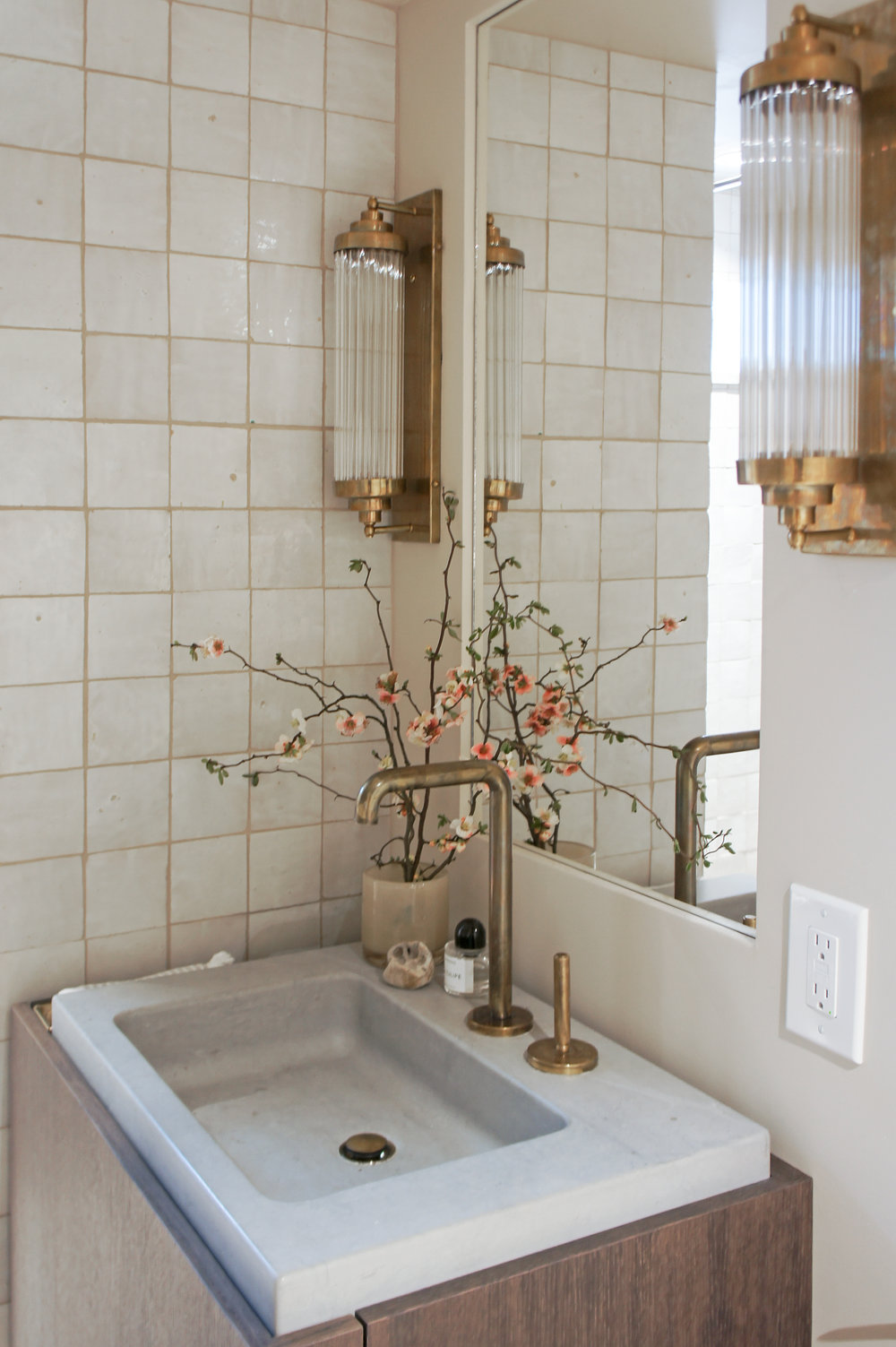 Kaemingk Design Modern Rustic Bathroom