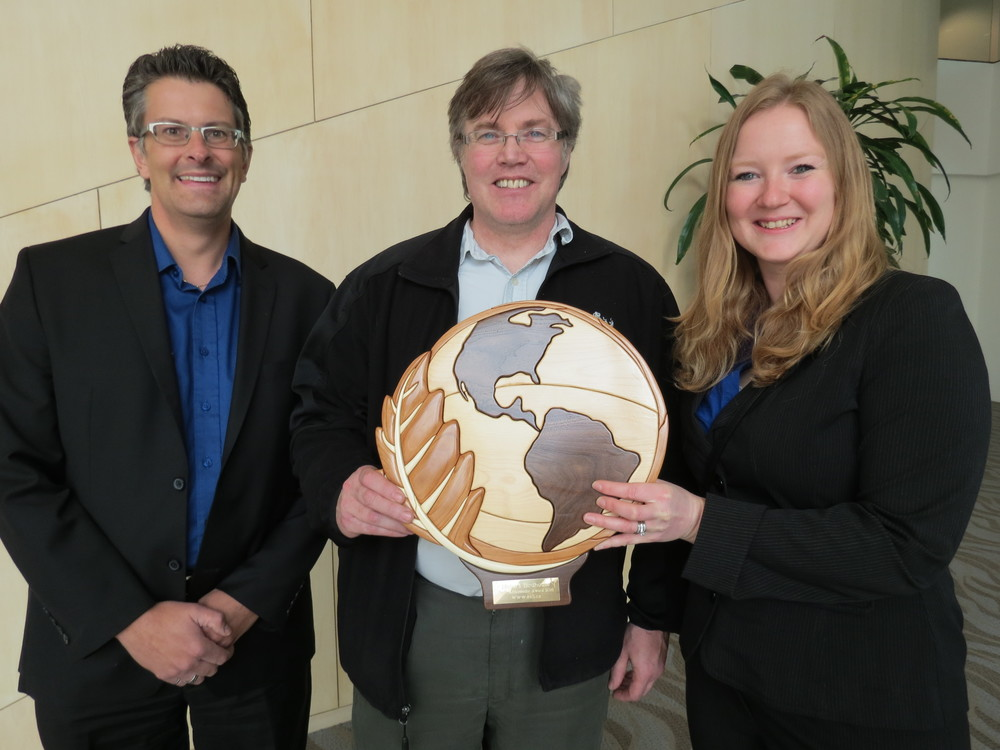 Left to Right: Glen Thoman, EALT Board Chair;Ian Sprague, Meika's Birdhouse;Steph Weizenbach, EALT Outreach Coordinator.